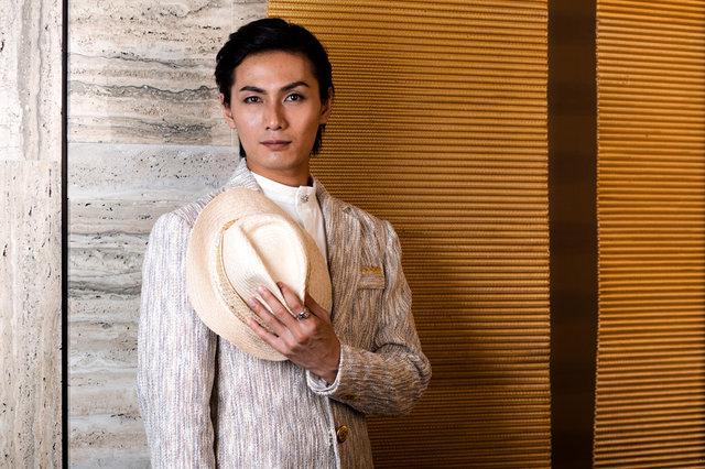 ミュージカル『ボンベイドリームス』加藤和樹にインタビュー「ヴィクラムの表と裏の顔を見せたい」