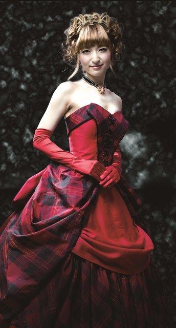 『ダンス オブ ヴァンパイア』サラ役・神田沙也加にインタビュー「セクシーとイノセントの対比を楽しんでください!」