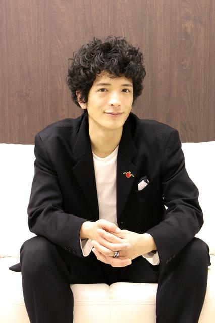 『令嬢と召使』渡部豪太インタビュー