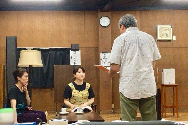青年座『旗を高く掲げよ』石母田史朗×松熊つる松対談_
