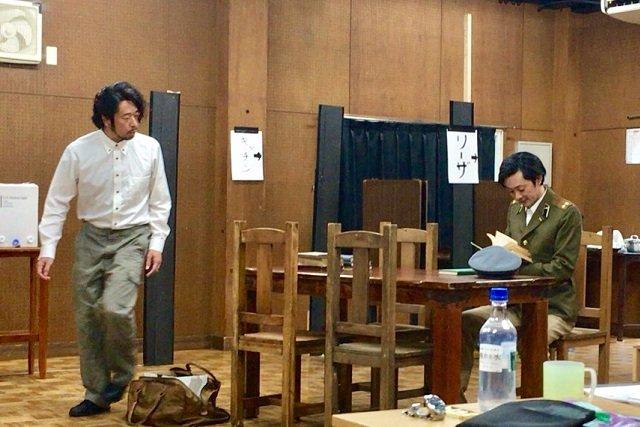 青年座『旗を高く掲げよ』石母田史朗×松熊つる松対談_2