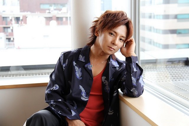 『三文オペラ』松岡充インタビュー「違和感の塊のような作品」