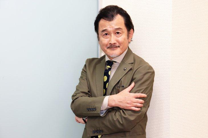 舞台『ヘンリー五世』吉田鋼太郎インタビュー「蜷川さんとは交わるべくして交わる線路だった」
