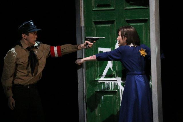 【動画】三人のアドルフの数奇な物語…舞台『アドルフに告ぐ』公開稽古