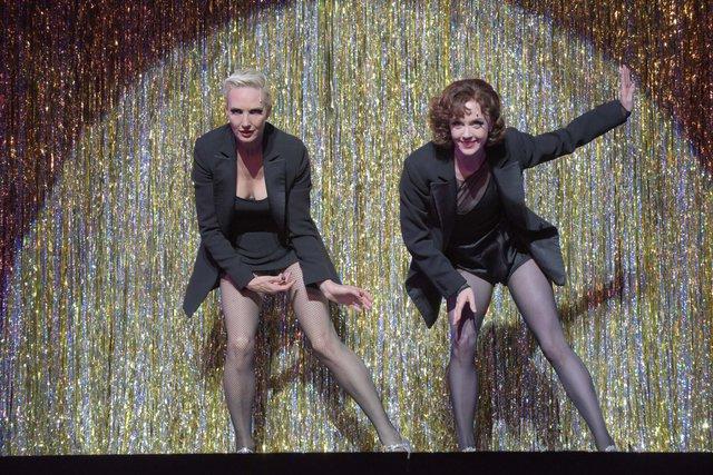 【動画】夢を掴んだシャーロット!ブロードウェイミュージカル『CHICAGO』フォトコールをチラッと見せ
