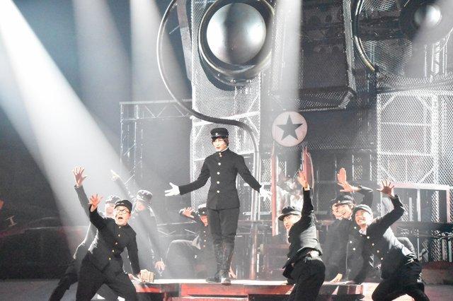 【動画】中村倫也、真骨頂!残酷歌劇『ライチ☆光クラブ』公開ゲネプロをダイジェストでお届け