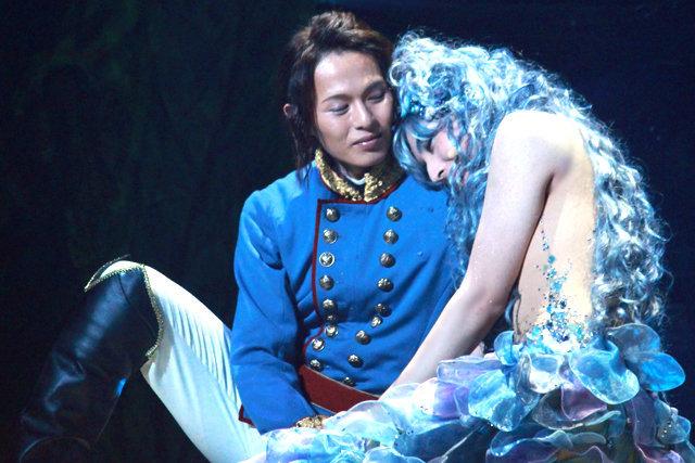 【動画】蒼井翔太の美しい人魚姫姿!『スマイルマーメイド』公開ゲネプロをチラッと見せ!