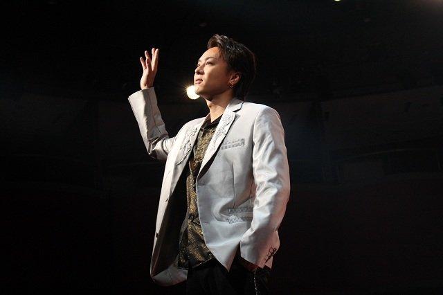 【動画】TAKAHIRO、波岡一喜、木村了ら出演の日本初演コメディ「MOJO(モジョ)」公開ゲネプロ