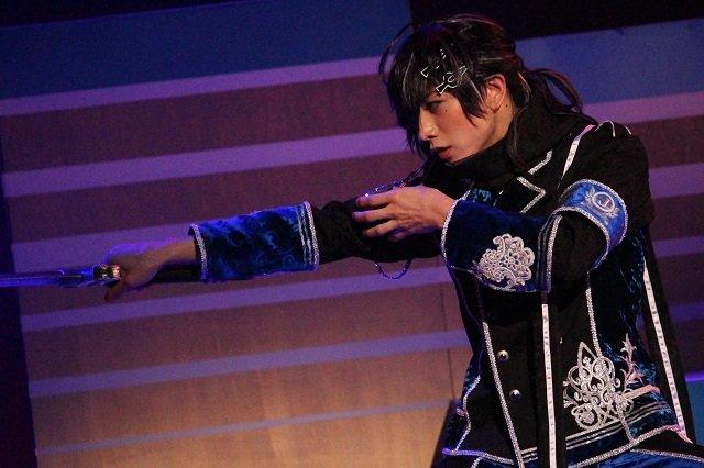『イケメン革命◆アリスと恋の魔法 THE STAGE』フェンリル編舞台写真_11