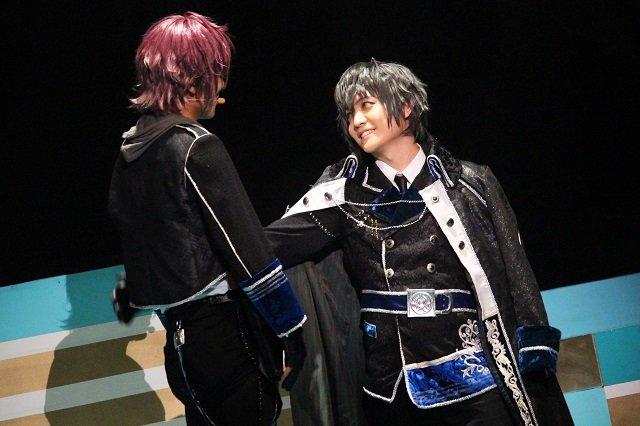『イケメン革命◆アリスと恋の魔法 THE STAGE』フェンリル編舞台写真_15