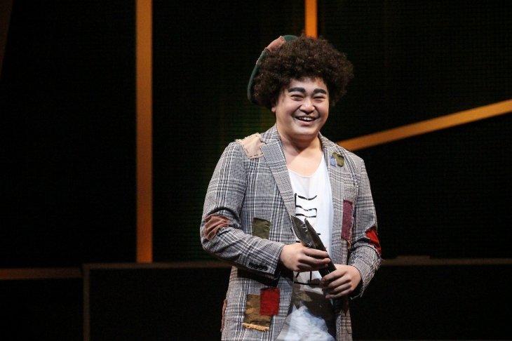 『舞台 増田こうすけ劇場 ギャグマンガ日和 向かい風 100%』舞台写真_12