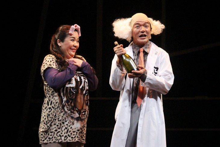 『舞台 増田こうすけ劇場 ギャグマンガ日和 向かい風 100%』舞台写真_8