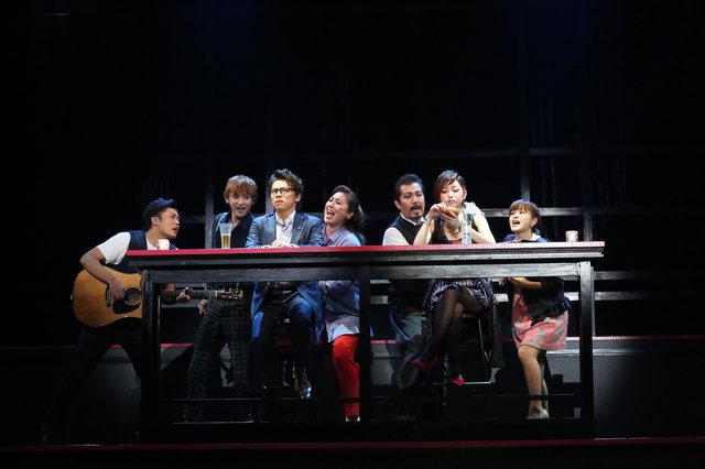 【フォト】ミュージカル 『ファースト・デート』舞台の模様をチラみせ!