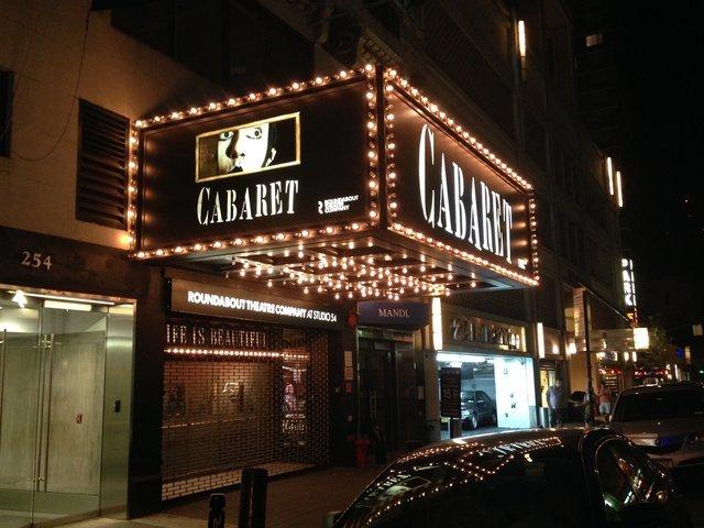 ブロードウェイ・ミュージカル『キャバレー』、全米20都市を回るツアーが決定!