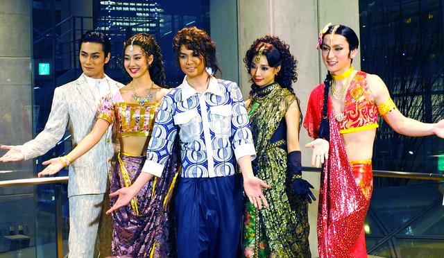 ミュージカル『ボンベイドリームス』浦井健治が参考にしたのは、平井堅のあのMV!?