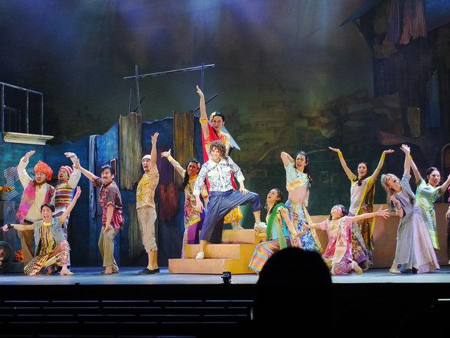【フォト】歌って!踊って!『ボンベイドリームス』の舞台をちょっと見せ!