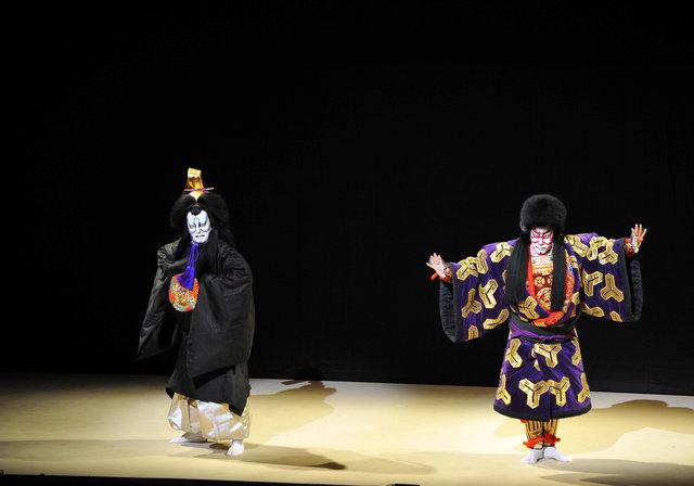 """海老蔵・獅童が挑む""""未来の歌舞伎""""「地球投五郎宇宙荒事」開幕"""