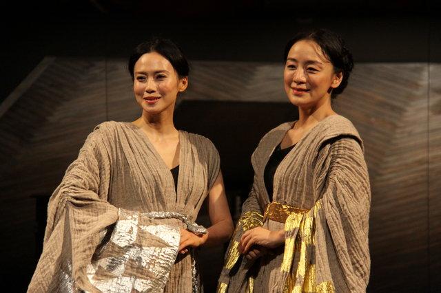 中谷美紀、神野三鈴『メアリ・スチュアート』