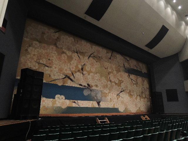 思い出と感動を手元に…!日本青年館大ホール、劇場備品をメモリアルグッズとして販売中