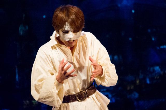 愛を求め続けた男の絶望と希望― 劇団スタジオライフ『PHANTOM THE UNTOLD STORY』開幕レポート