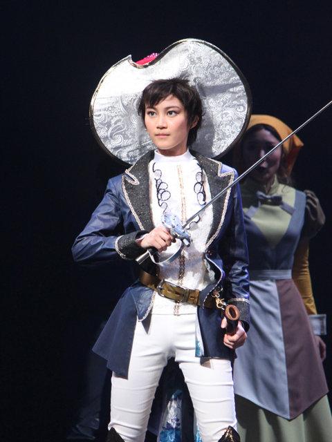 なかよし60周年記念公演 ミュージカル「リボンの騎士」生田絵梨花