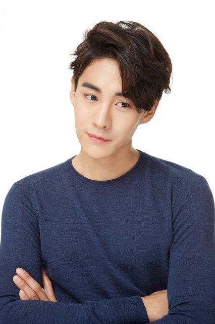 韓国ミュージカル界注目の大型新人チェ・ウヒョク、初来日コンサートを開催!