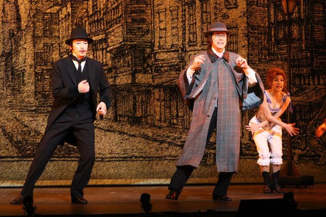 山口祐一郎、壮一帆、平野綾らが縦横無尽にハジけまくる!ミュージカル『エドウィン・ドルードの謎』開幕レポート!