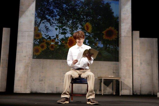 『朗読劇 私の頭の中の消しゴム 8th letter』_舞台写真5