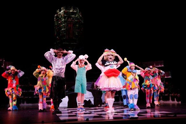 *ASTERISK『Goodbye,Snow White』新釈・白雪姫、トップダンサーとともに加藤諒がキレッキレのダンスを披露!