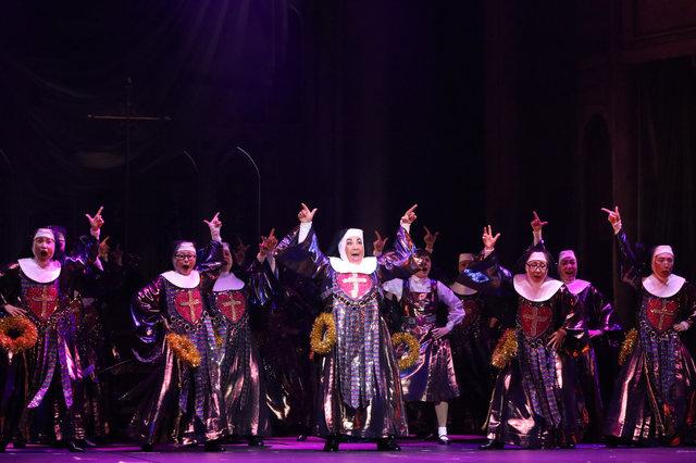 ノリノリの観劇レポートと舞台写真をお届け!ミュージカル『天使にラブ・ソングを~シスター・アクト~』