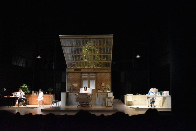 浅利慶太プロデュース『この生命 誰のもの』ゲネプロレポート!生きる尊厳を問う8度目の日本再演作品、開幕