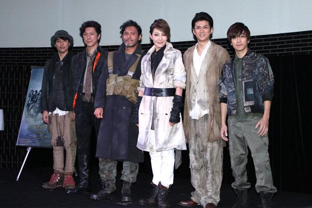 柚希礼音主演、ミュージカル『バイオハザード』製作発表!役作りのためのゲームでは「最初のゾンビを倒せない」意外な一面も