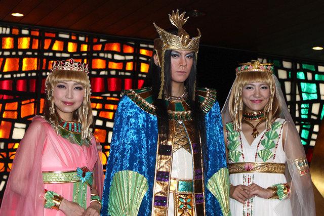 ミュージカル『王家の紋章』ついに本公演開幕!浦井健治、原作者の涙に「大感動」