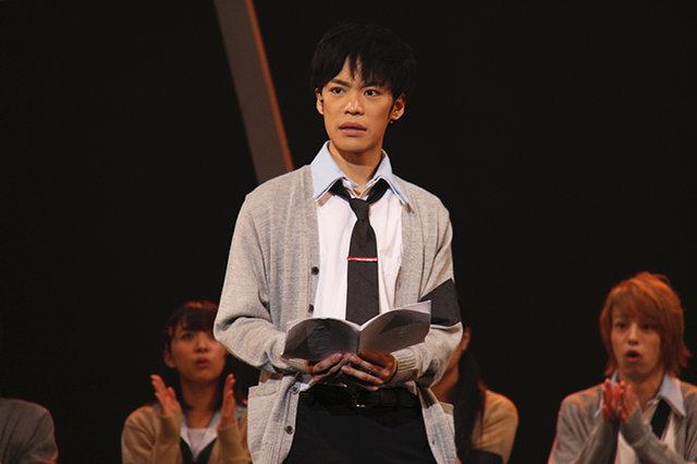 小野賢章が高校生に!アニメ放映中の人気コミックを舞台化した話題作『ReLIFE/リライフ』開幕