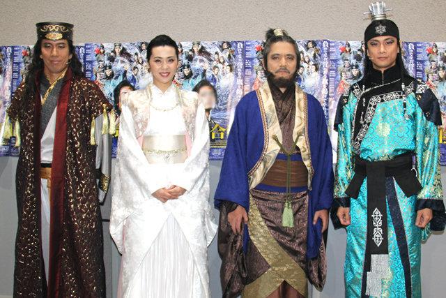 佐藤アツヒロが演じる壮大な歴史ドラマ、30-DELUX最新作『新版 国性爺合戦』開幕!