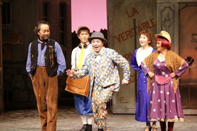 実力派キャストが魅せる!劇団四季ミュージカル『壁抜け男』開幕レポート!