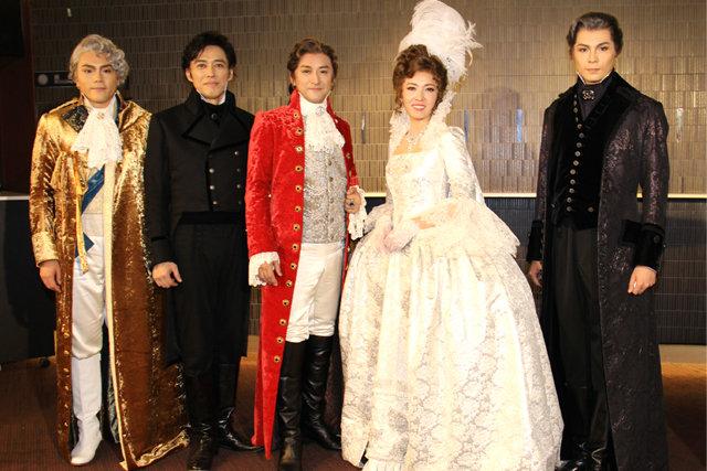 石丸幹二×安蘭けい初共演!ミュージカル『スカーレット・ピンパーネル』開幕