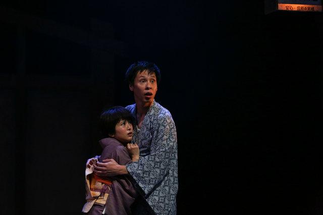 """大倉孝二×ブルー&スカイの演劇ユニット""""ジョンソン&ジャクソン""""最新作『夜にて』開幕!バカバカしいのにサスペンス!あっという間の2時間!"""