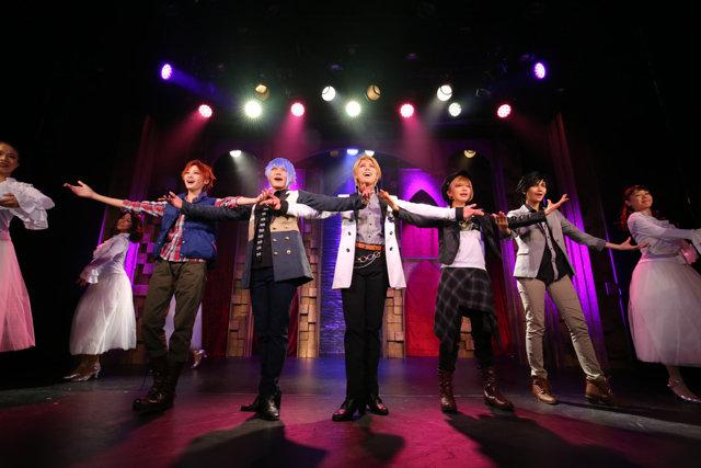 ルウト主演!女性のみで構成される歌劇団『GrandStage(グラン・ステージ)』の舞台が華々しく開幕