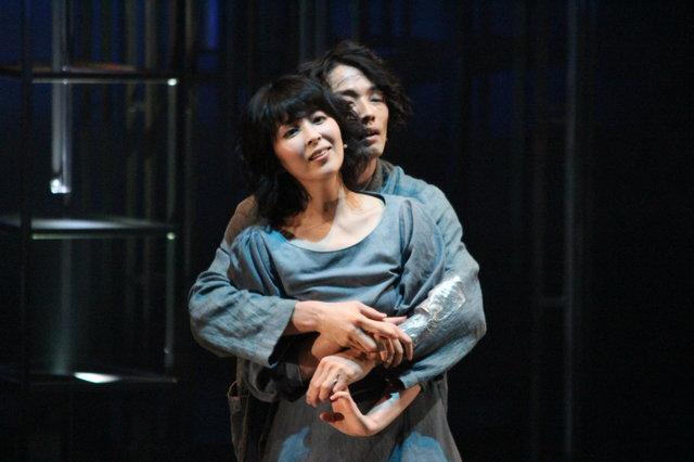 舞台『メトロポリス』開幕!松たか子「勇気を持ってこの世界に飛び込みたい」