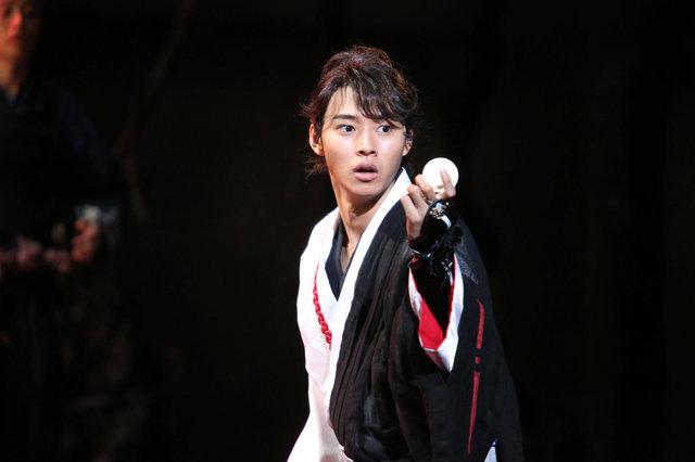 山崎賢人主演で『里見八犬伝』が再び!全国12ヶ所で上演決定