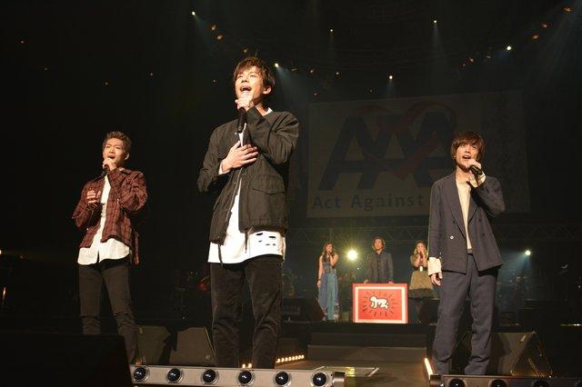 AAA(アクト・アゲインスト・エイズ)ライブレポート_9