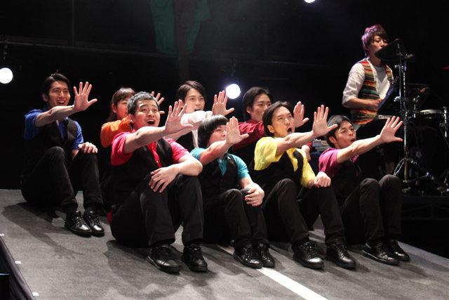 劇団プレステージ×ヨーロッパ企画『突風!道玄坂歌合戦』開幕!ピザの美味しさを伝えるミュージカル?!