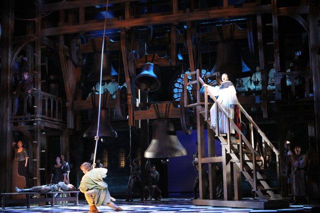 劇団四季ミュージカル『ノートルダムの鐘』開幕レポート_3