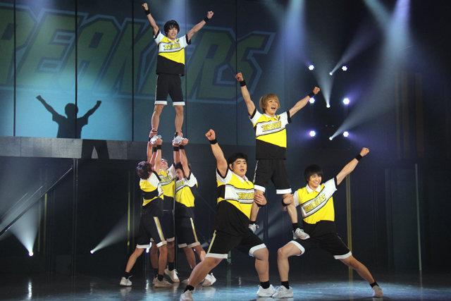 熱いライブパフォーマンスに大興奮!Live Performance Stage「チア男子!!」公演レポート