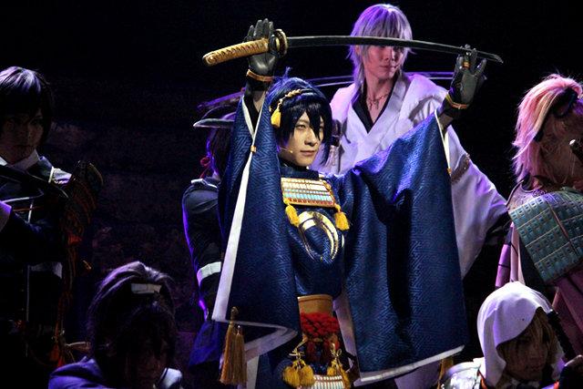 舞台『刀剣乱舞』再演で鈴木拡樹が再び戦い続けることを誓う!再演ならではの見どころも