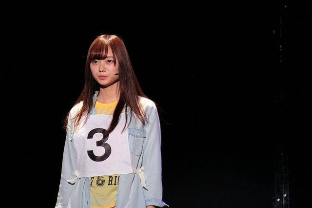 舞台『3人のプリンシパル』梅澤美波