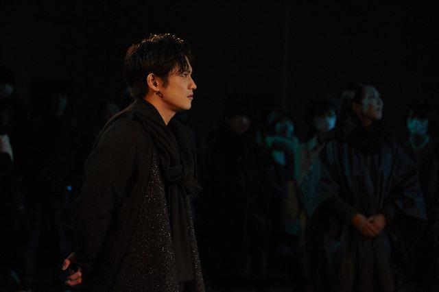 『SAFARING THE NIGHT/サファリング・ザ・ナイト』舞台写真_9