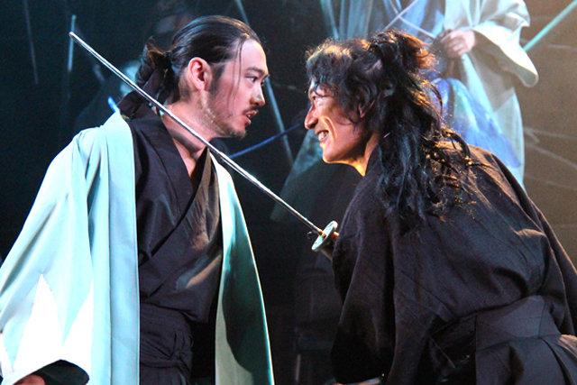 『龍よ、狼と踊れ』舞台写真_10