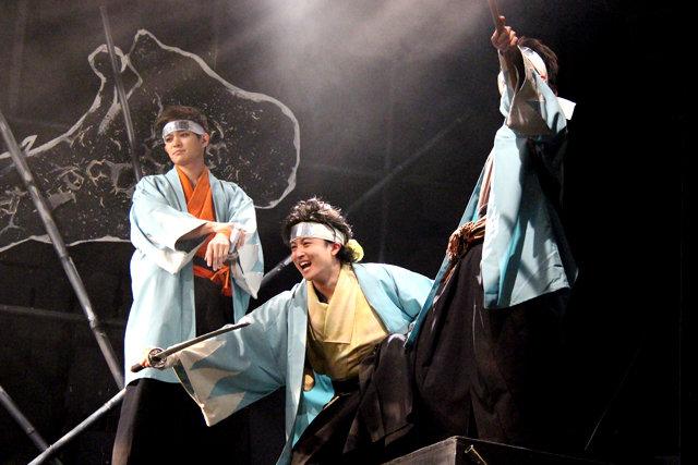 『龍よ、狼と踊れ』舞台写真_5